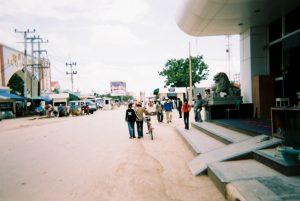カンボジア入国して出たところ