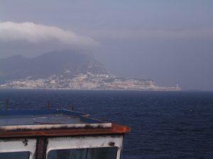 ジブラルタル海峡から見たターリクの岩
